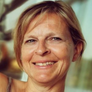 Dr. Gudrun Bruenner